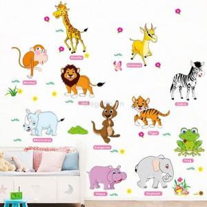 Decal nhiều con vật A547
