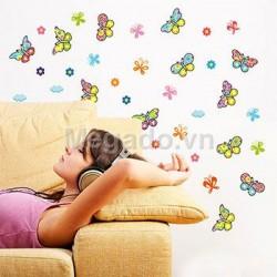 Decal bướm xinh trang trí A931