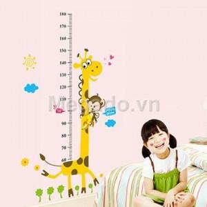 Decal đo chiều cao hươu cao cổ A969