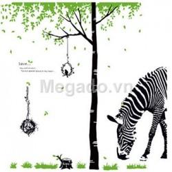 Decal cây và ngựa vằn N004